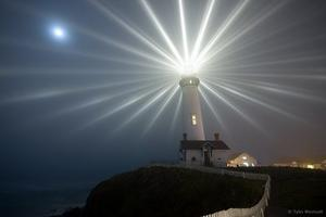 2-2-3_lighthouse.jpg